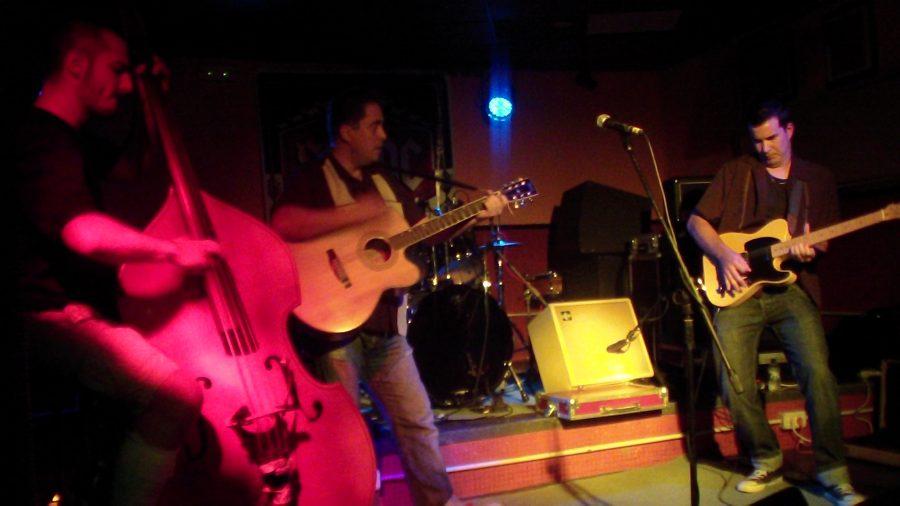 Teloneros de Silvershines 2011